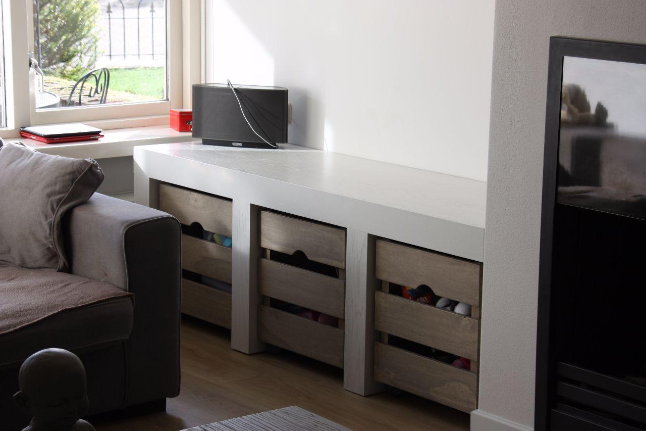 Tv meubel met opbergkistjes lll