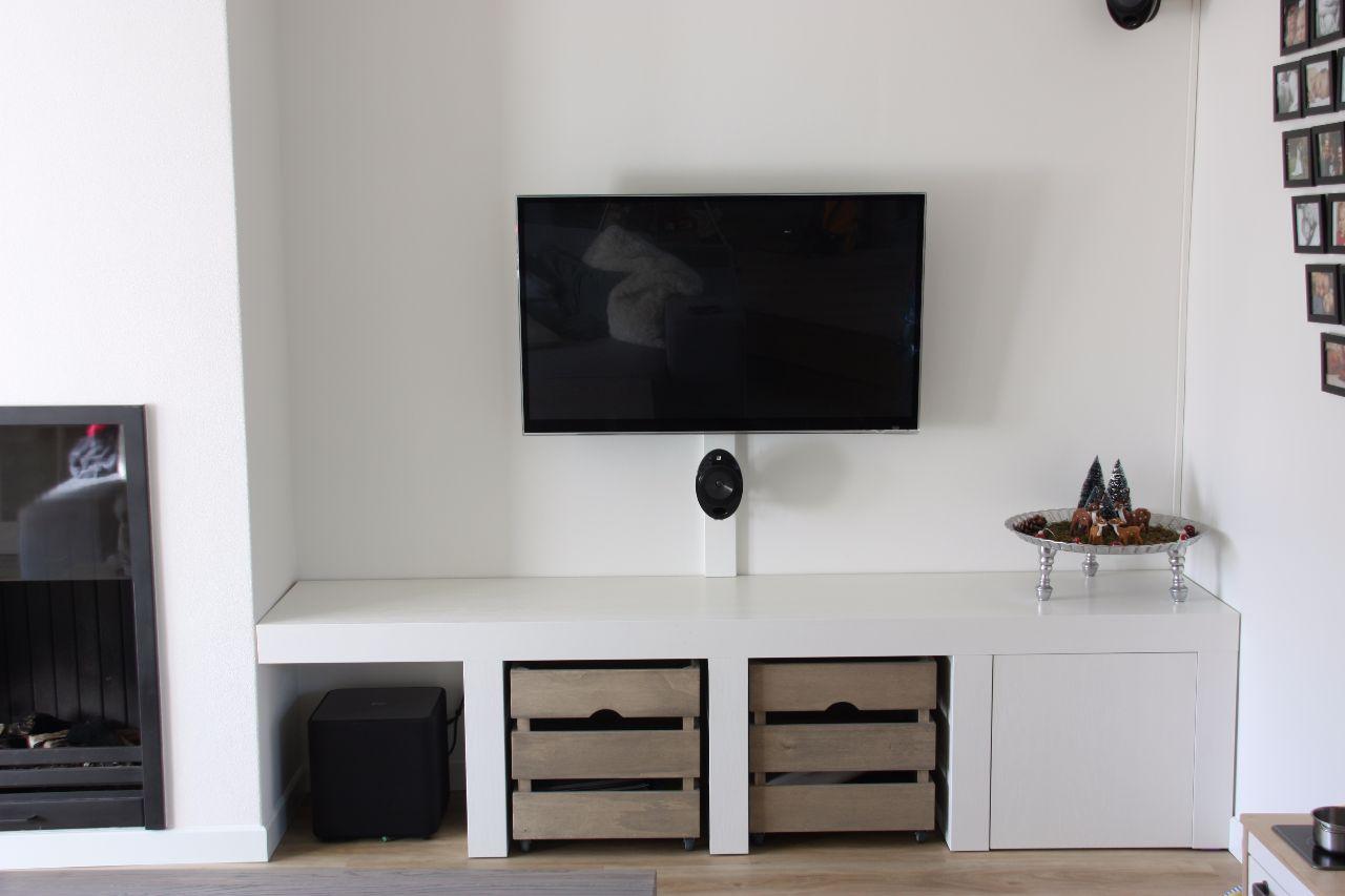Tv meubel met opbergkistjes