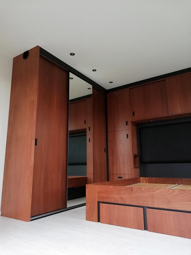 Slaapkamer interieur mahonie xx